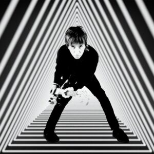 """Johnny Marr volta com o novo single e videoclipe """"Spirit Power and Soul"""""""