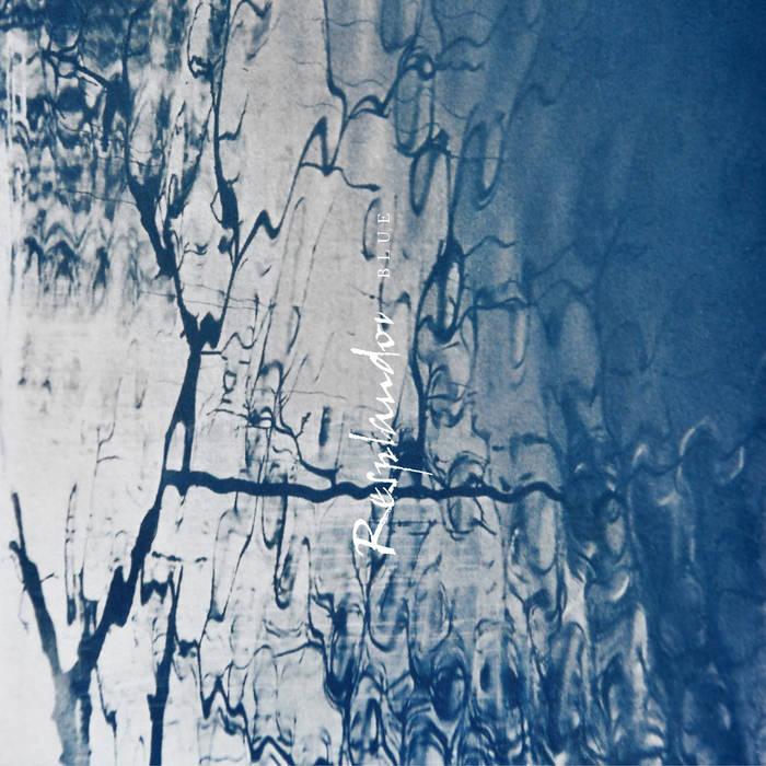 """Ato shoegaze Resplandor lança single com mix de Robin Guthrie, do Cocteau Twins; ouça """"Blue"""""""